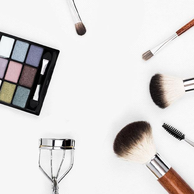 Comment nettoyer vos pinceaux de maquillage et vos autres outils beauté?