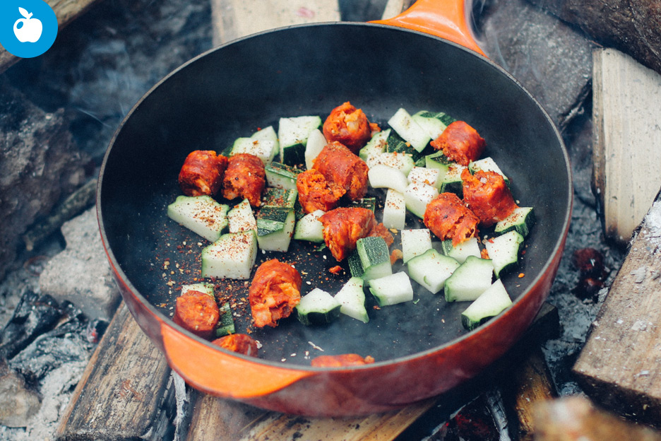 3 tips for cooking healthy while camping